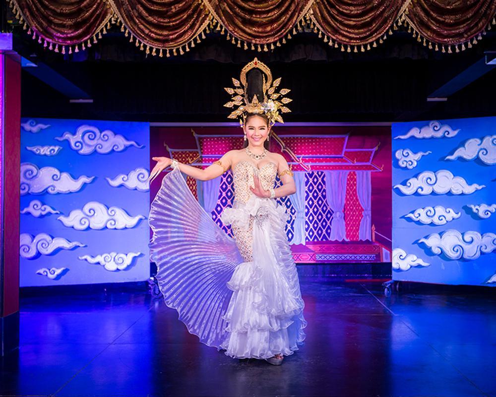 Krabi's cabaret show