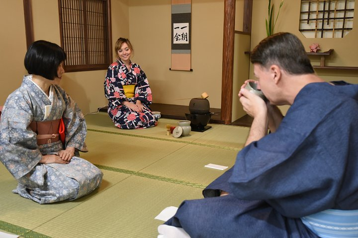 Yukata Workshop & Tea Ceremony with Tea Master (Near Tokyo Tower)