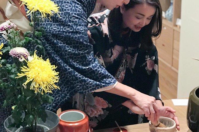 Tea Ceremony Experience in KIMONO by Licenced Teacher