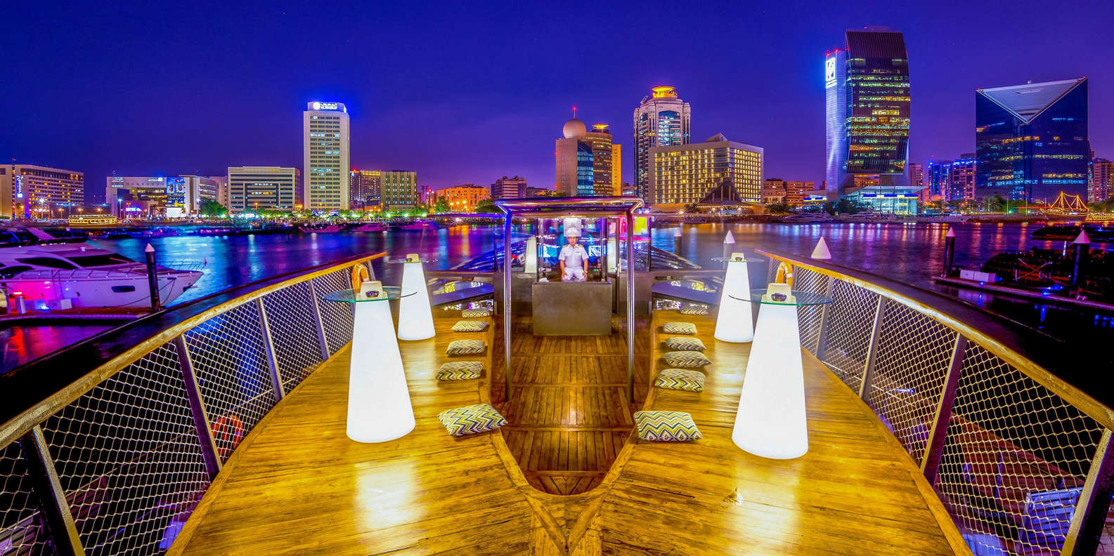 Bateaux Luxury Dinner Cruise in Dubai Creek