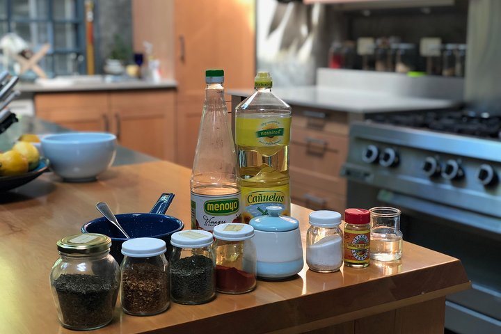Live-streaming class on making authentic chimichurri