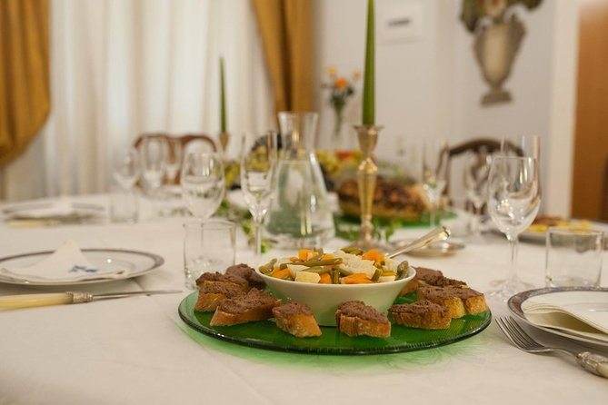 Learn Italian & Dine at a Cesarina's home in Florence