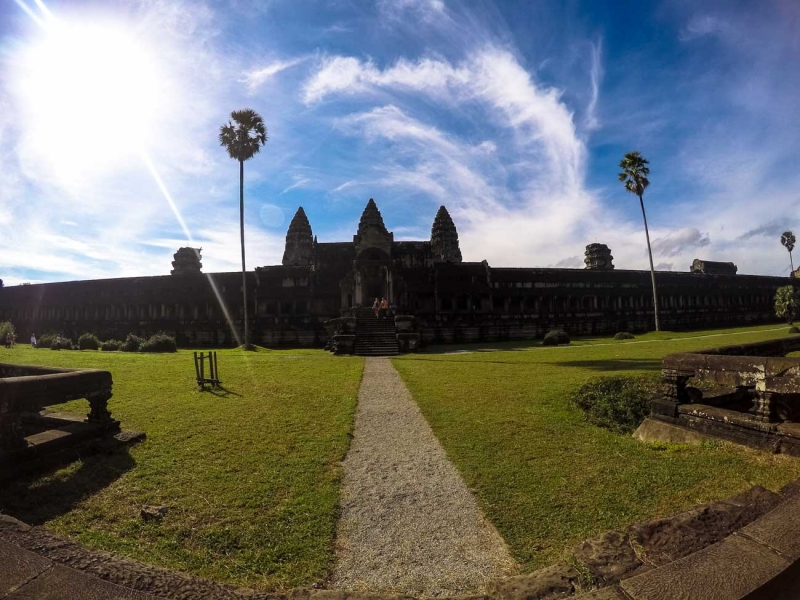 Champagne Breakfast & Sunrise over Angkor