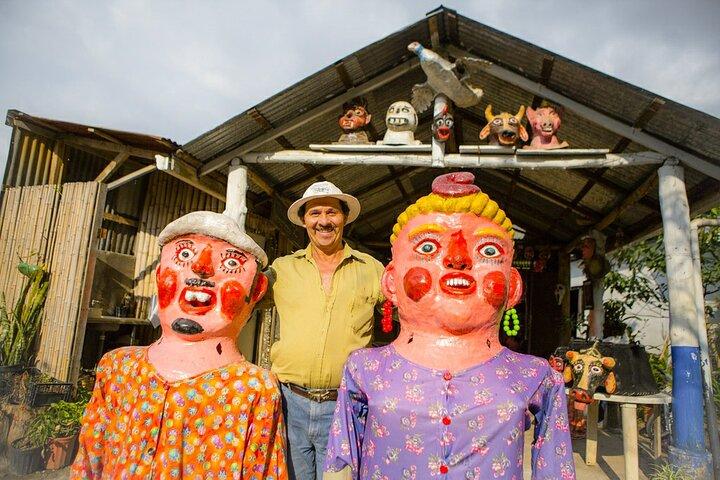 Pura Vida Experience: San José Tapas, Traditional Masks and Escazu Visit