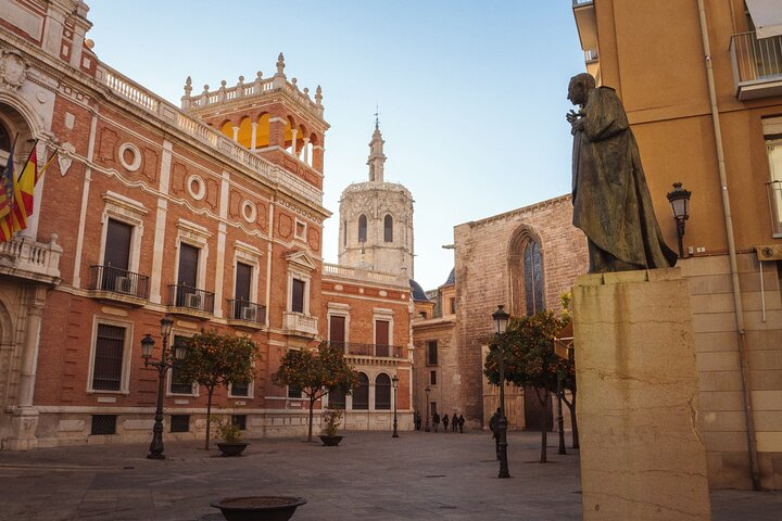A day in the life of Valencia - Private tour with a local
