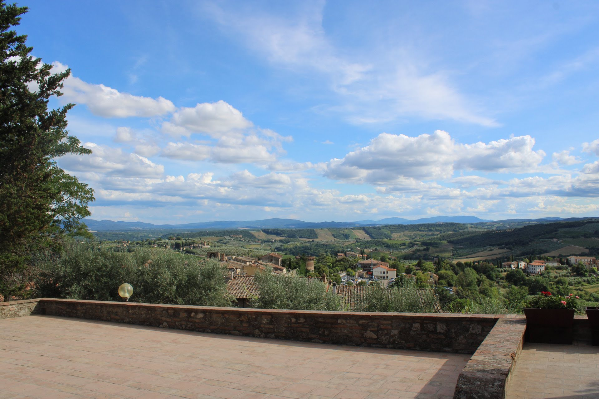 San Gimignano and Volterra with Wine Tasting Full day private tour