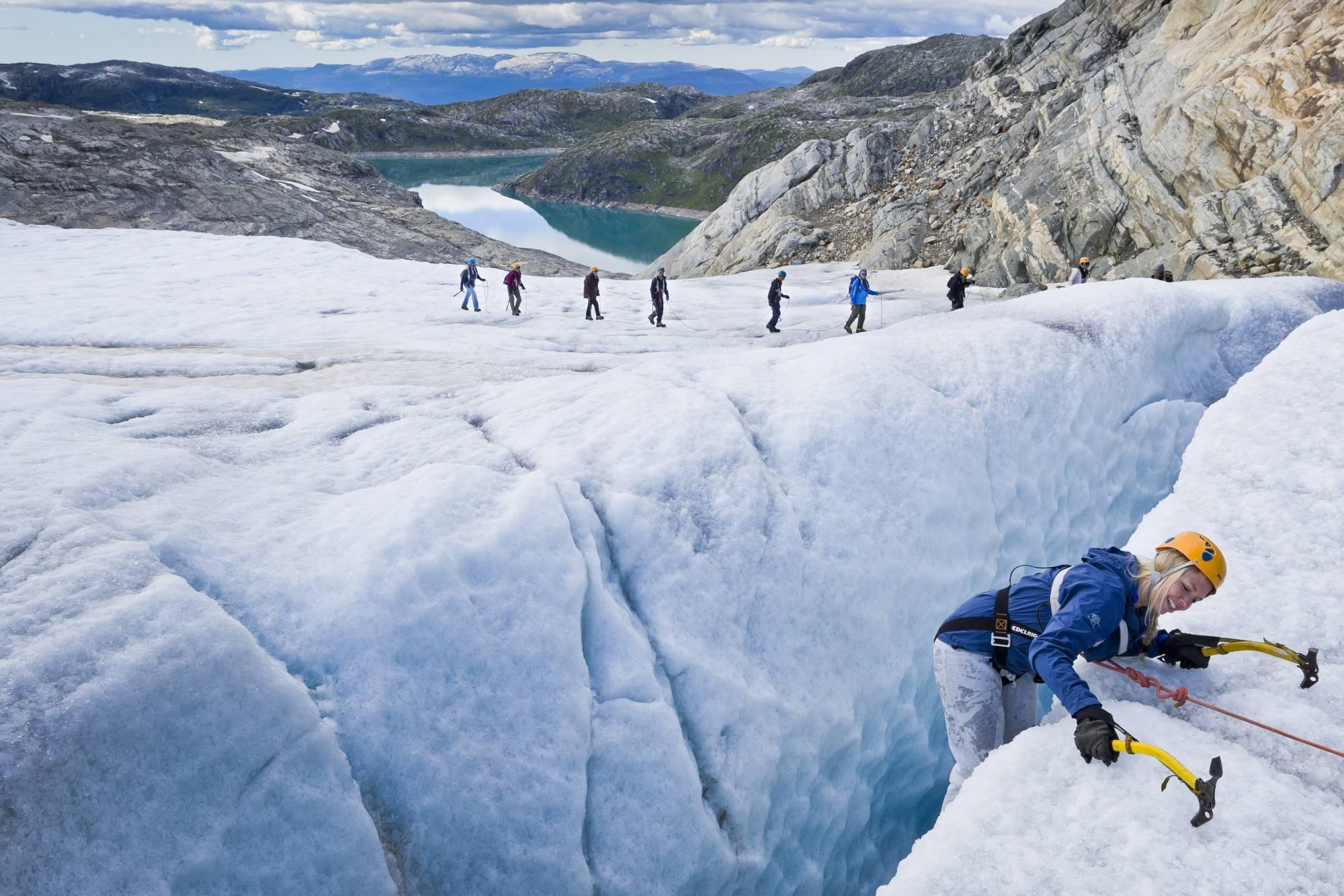 Explore around the glacier