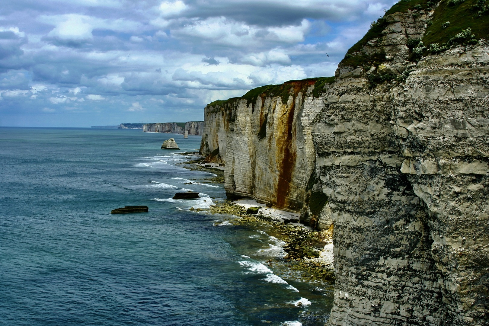 Paris: 4-Day Normandy — Brittany — Loire Castles Trip by Minivan, 10 Excursions & Tastings inclusive