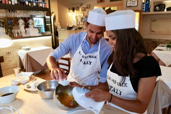 Pasta & Tiramisu Lovers Workshop in the Heart of Rome