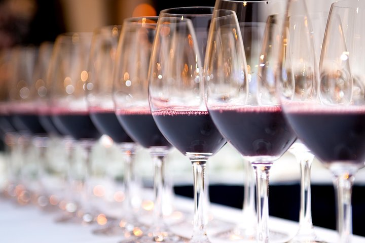 PRIVATE TOUR WINE (REGION OF SETÚBAL) WINE TASTING (visit 2 wineries)