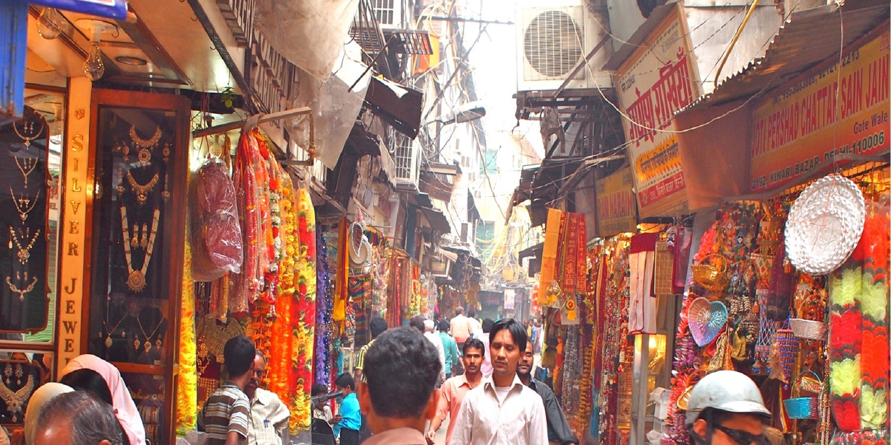 Delhi Shopping and Food Tasting Experience (Guided Full Day City Tour)