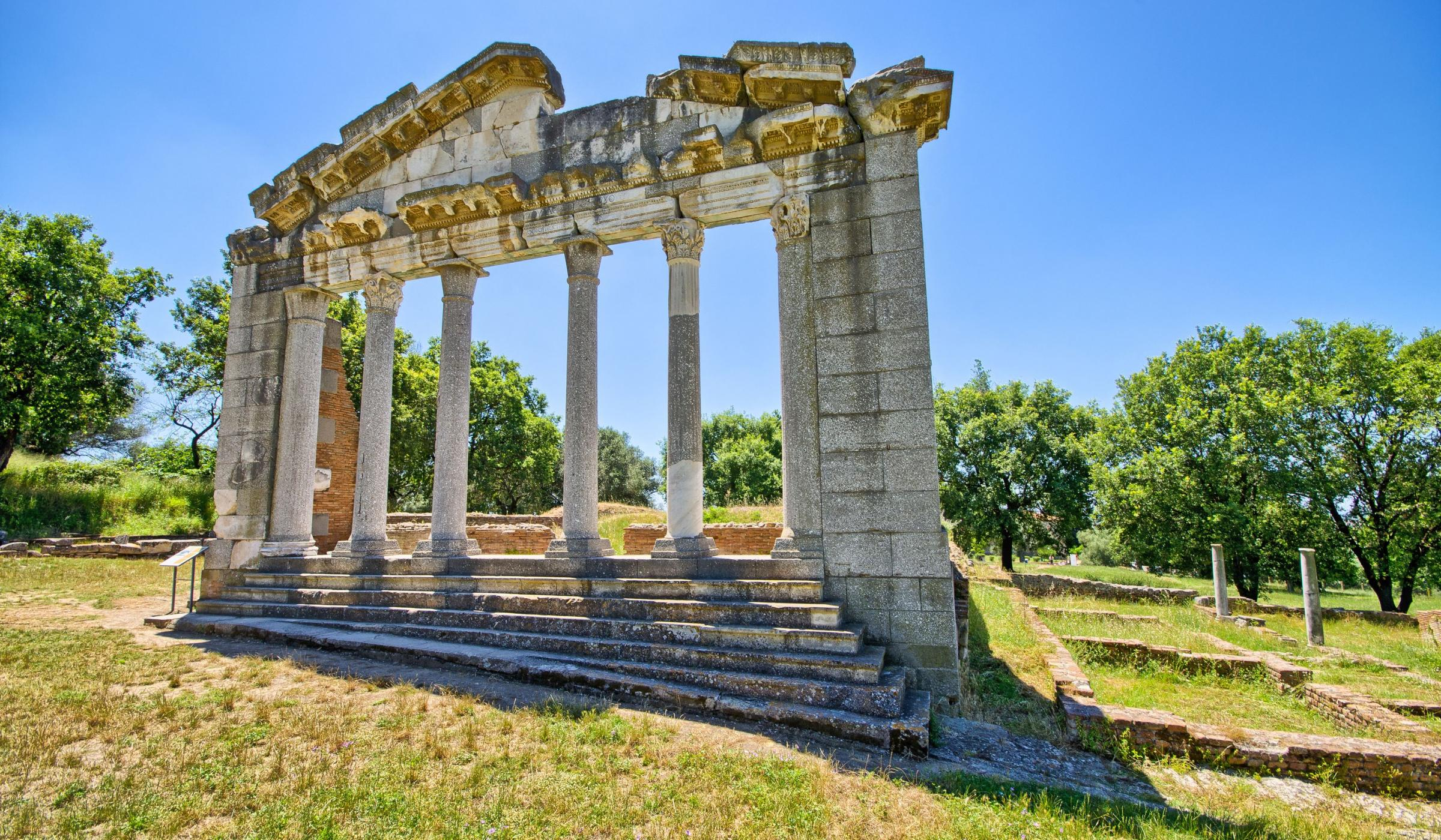 Sightsee major archaeological sites