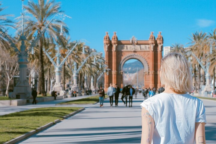 A day in the life of Barcelona - Private tour with a local