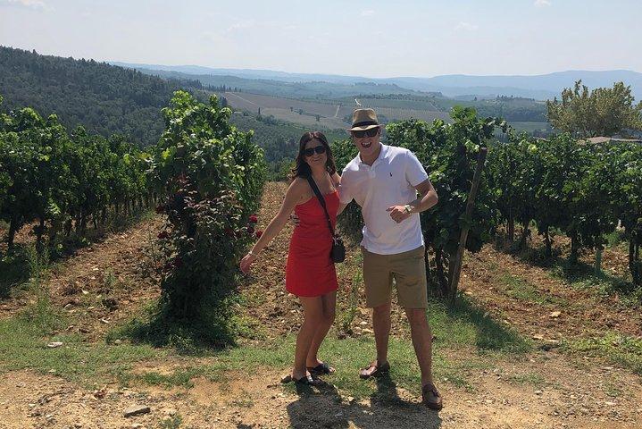 Chianti Classico Wine Tour – 2 Wineries & Lunch