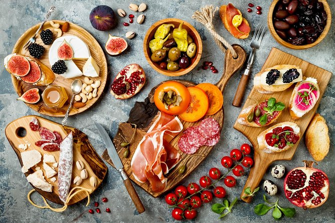 The art of the Italian Aperitivo with a Cesarina: Learn & Enjoy in Chianti