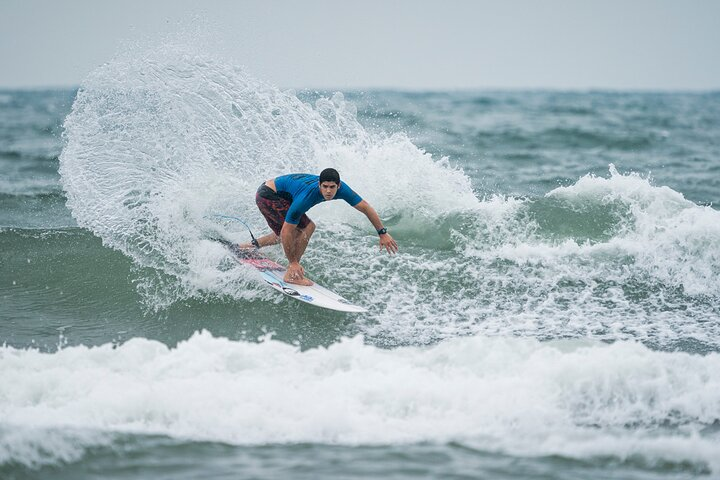 Private Full Day Surf and Wine From Santiago