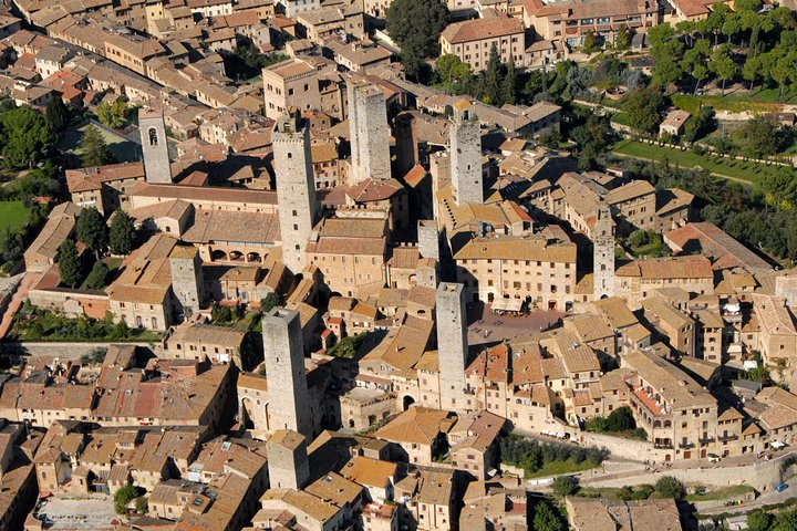Day Trip to Siena and San Gimignano With Wine Tasting