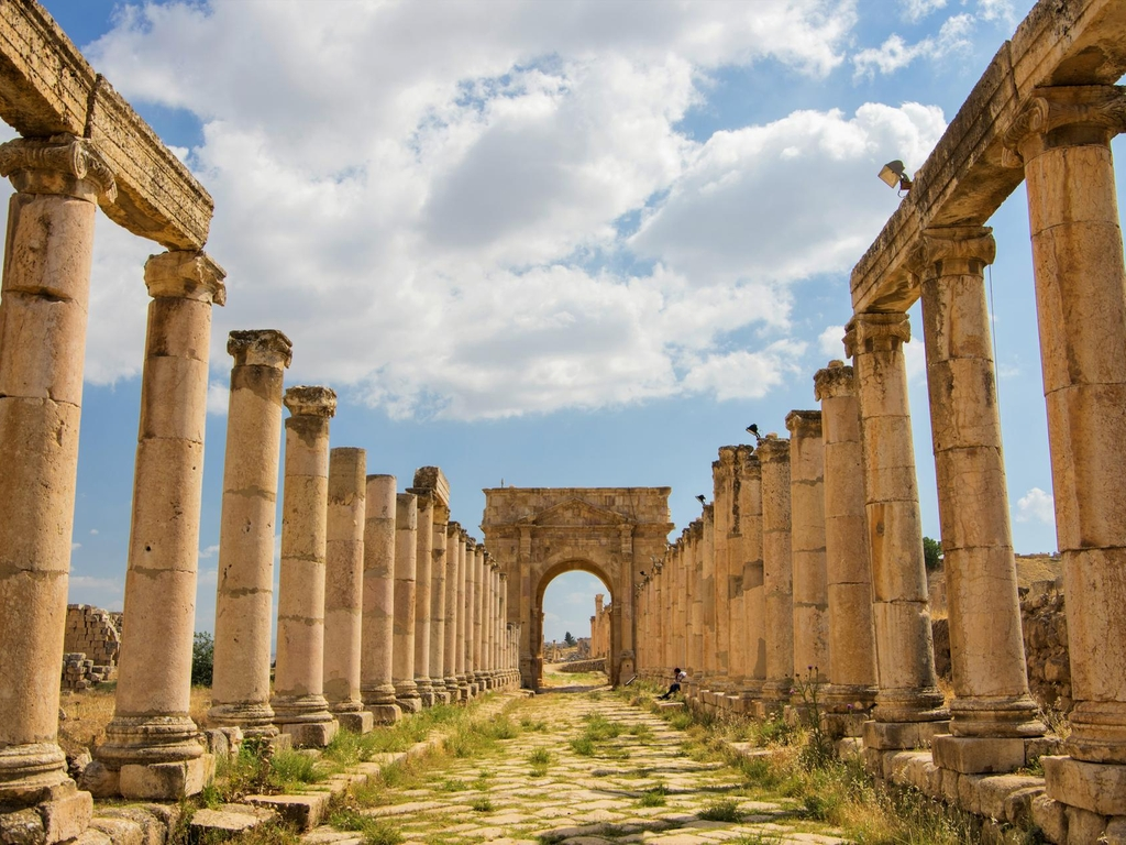 Explore the Roman ruins of Jerash