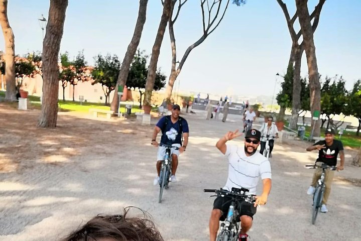Private Wine Tastings Tour on Appian Way by e-bike
