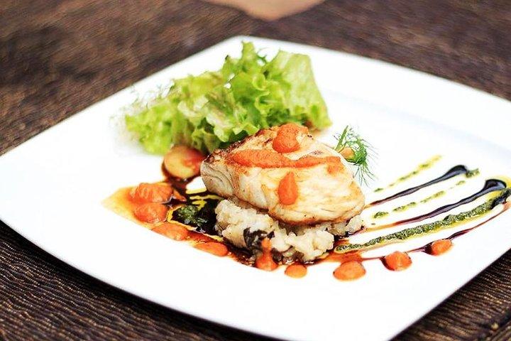 Infinity Amore Romantic Dining in Ubud