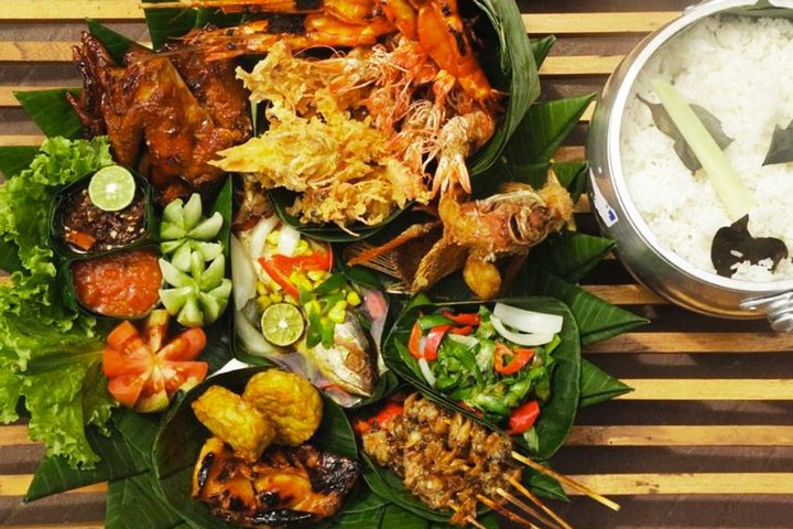 Delicious Dining Package at Bale Udang Mang Engking