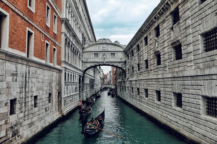 A day in the life of Venice - Private tour with a local