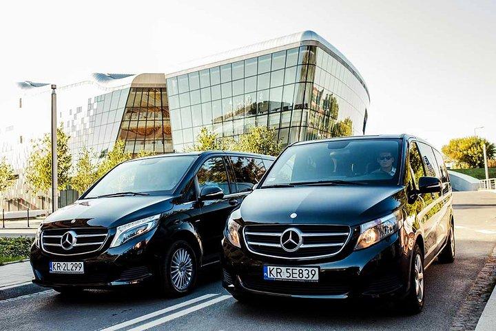 Transfer in luxury vehicles