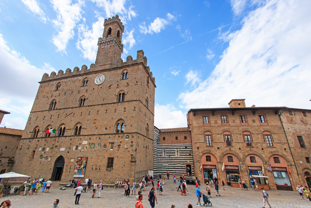Discover Tuscany in one day from Rome: Siena and San Gimignano small group tour with food and wine tasting