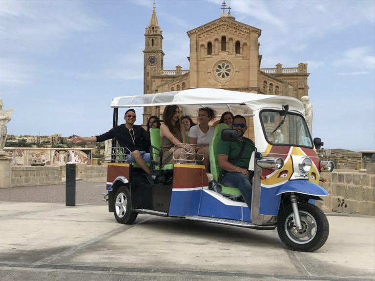 Gozo Tuk-Tuk Full Day Tour (incl transfer & lunch)