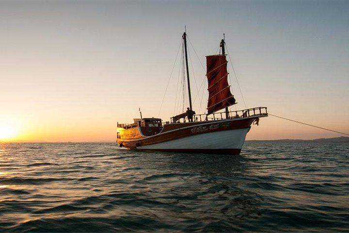 Krabi Romantic Sunset Cruise with BBQ Seafood Dinner by Krabi Sea Cruise