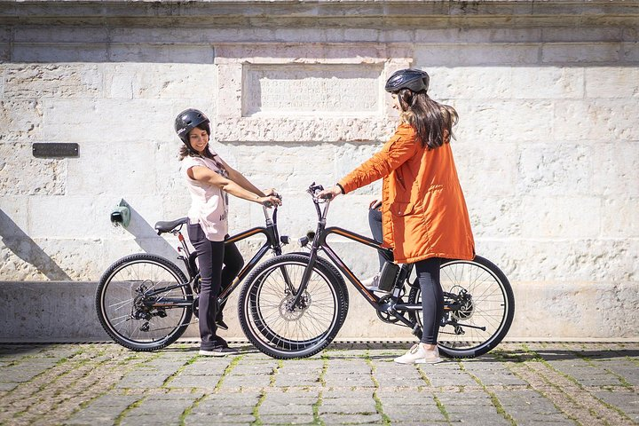 Tasty E-Bike Tour by Sitgo