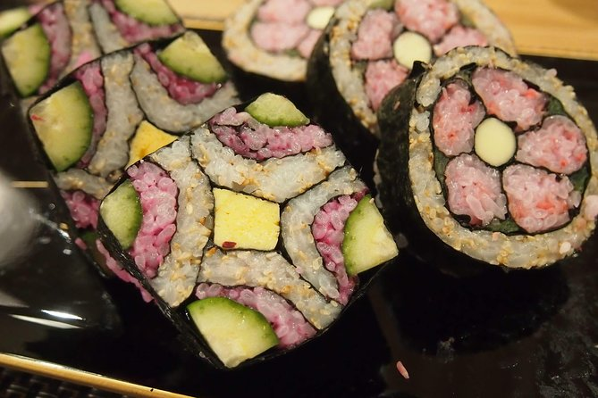 Adorable! Instagrammable! Decorative-Sushi-Roll - 2kinds