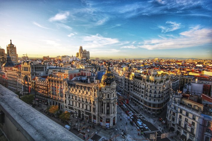 Private Tour in Madrid of the local food culture with a local