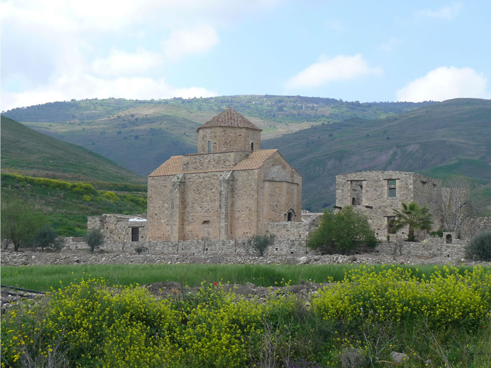 Arrive at the monastery