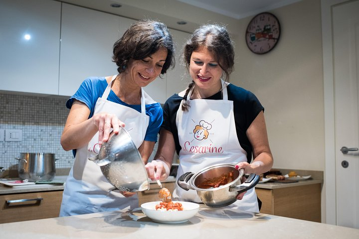 Private cooking class with tasting in Venice