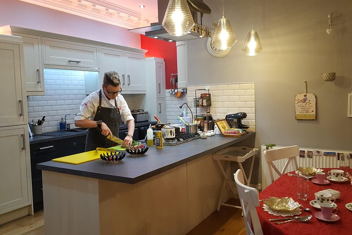 Relaxing Handmade Pasta with meal and wine - Cooking Class