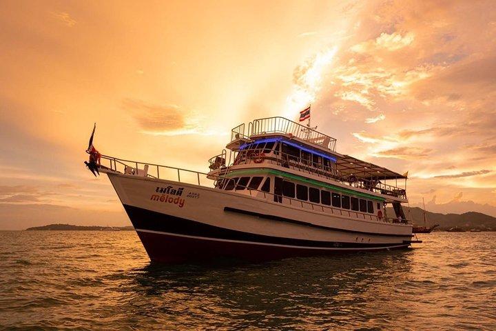 Phuket Sunset Dinner Cruise by Melody Cruise