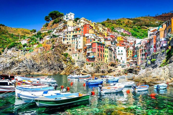 Cinque Terre tour with limoncino tasting from La Spezia Port