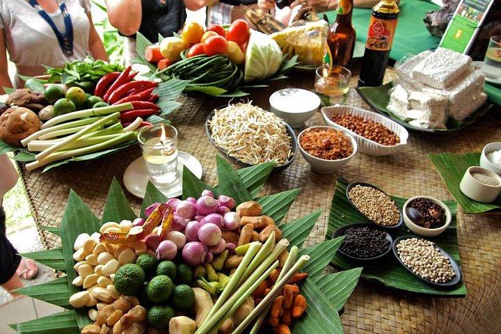 Balinese Cooking Class with Ubud Art Tour