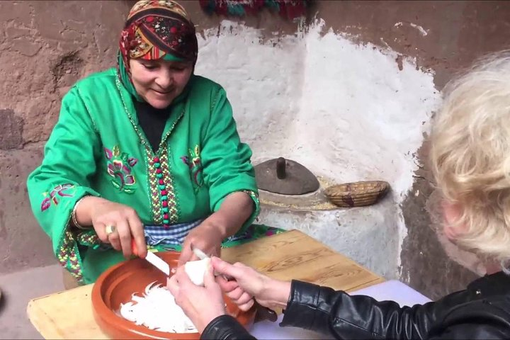 Learn to cook Berber dishes