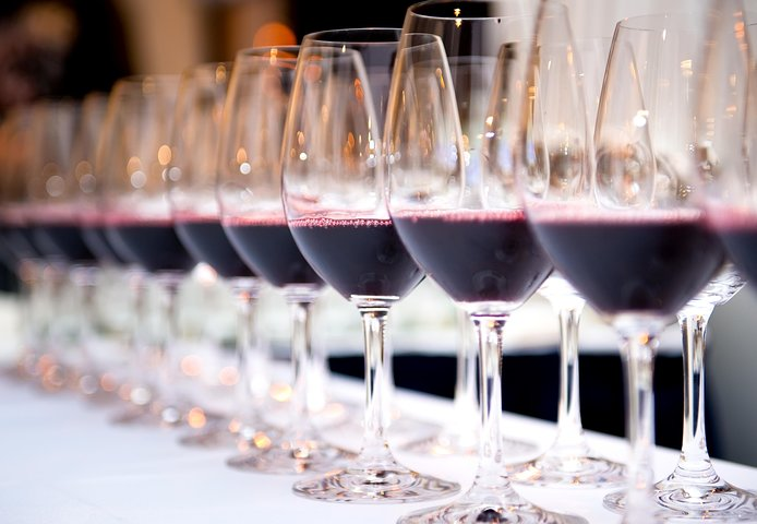 PRIVATE TOUR ÉVORA MONSARAZ and ESPORÃO WITH WINE TASTING (Tasting of 3 wines)