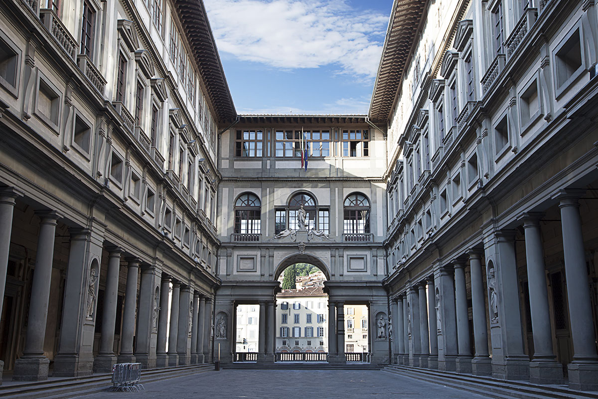 Florence: Uffizi Gallery Guided Tour with Italian Breakfast