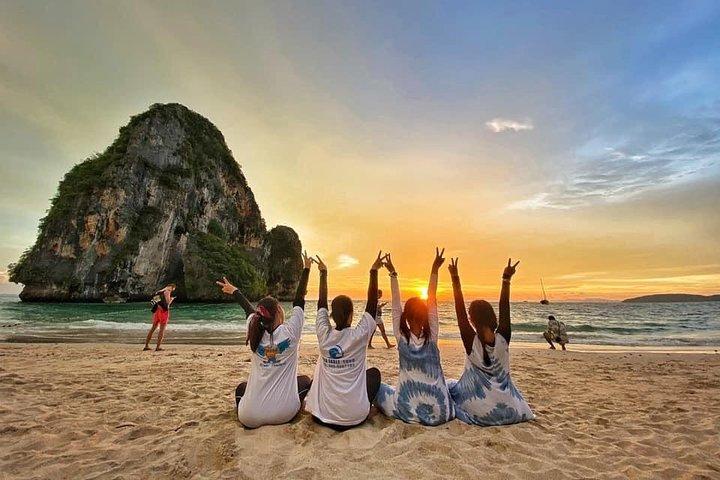 Krabi 4 Islands Sunset Premium Service Trip by Speedboat + BBQ Dinner