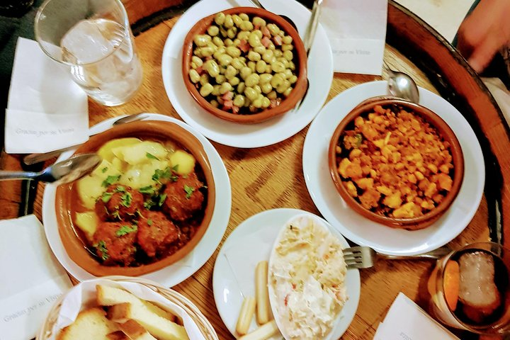 Malaga Traditional Wine & Tapas Tour - by Oh My Good Guide