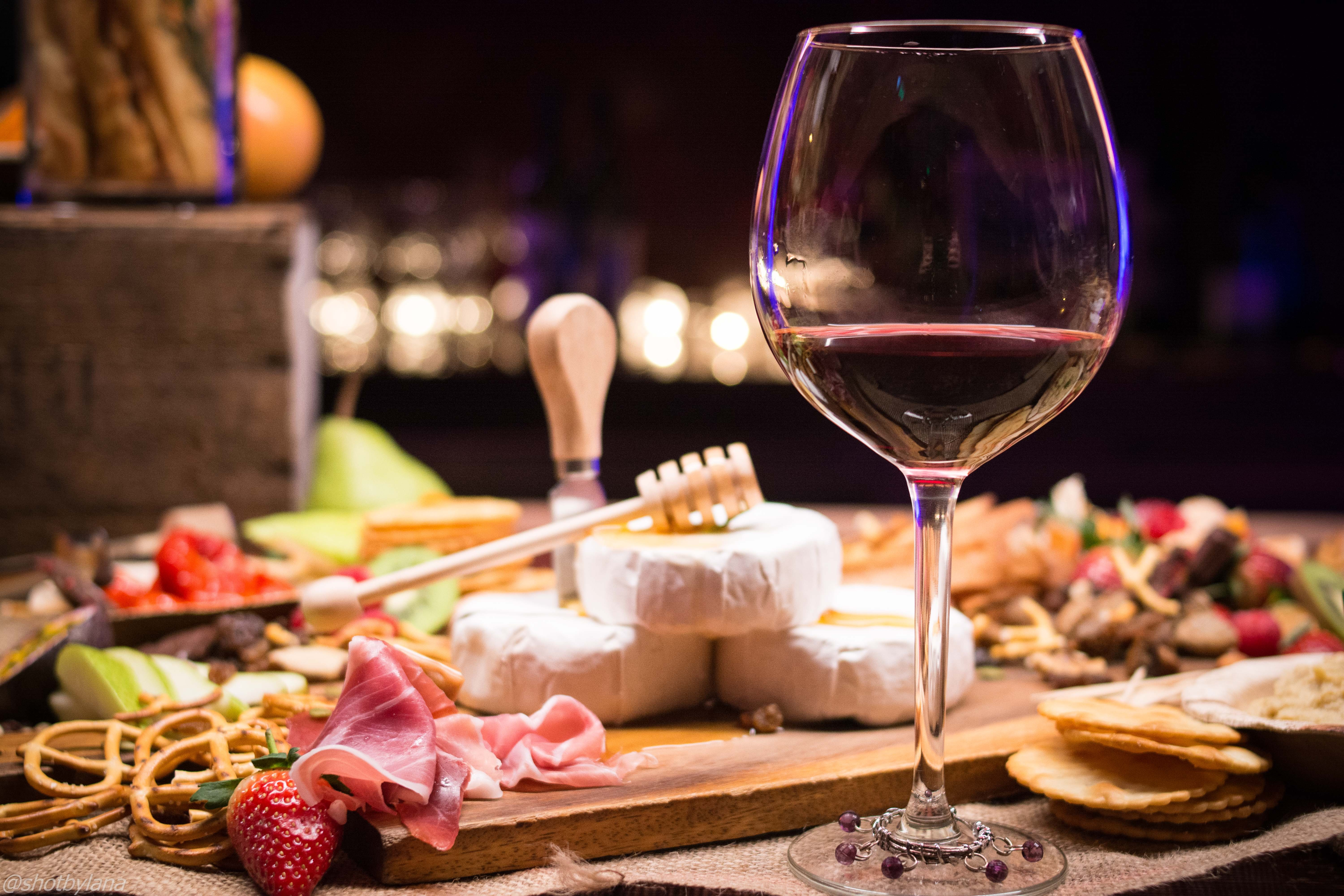 Private Wine & Food Experience in Milano